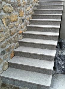 zunanje granitne stopnice