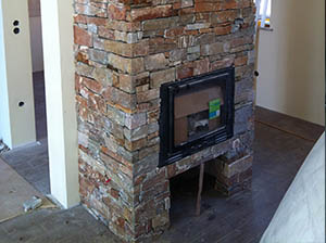 kamin dekorativen kamen