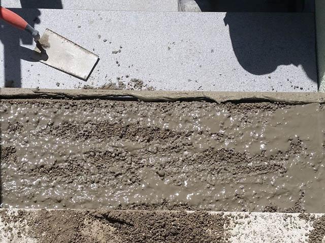 Polaganje granitnih stopnic na beton 13, pripravljena podlaga za polaganje nastopne plošče