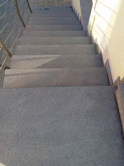polaganje granitnih stopnic 17 , končni izdelek