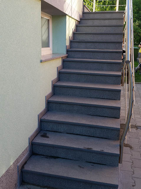 polaganje granitnih stopnic 18 , končni izdelek