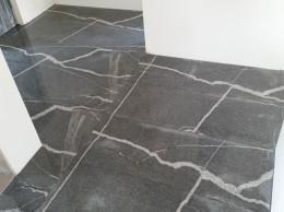 Polaganje granitnih plošč