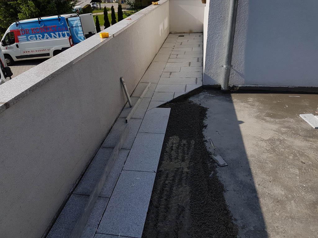 Granitna obloga na terasi 50