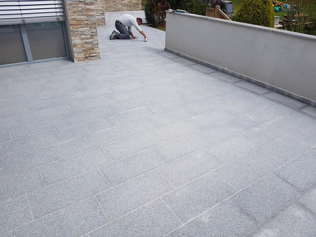 Granitna obloga na terasi 60