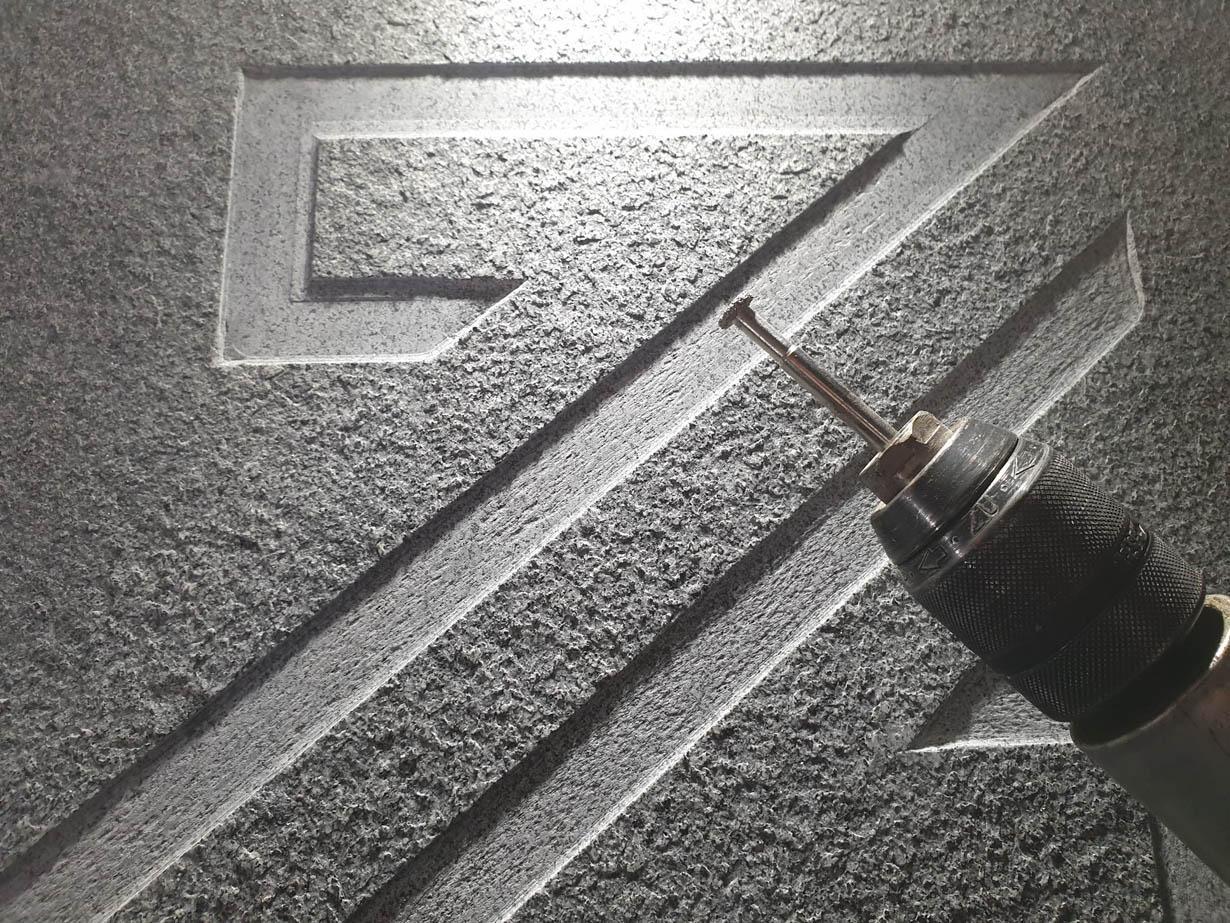 Graviranje granit