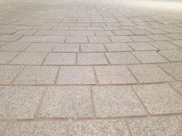 Granitni trg iz granitnih ploščic
