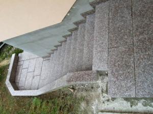 Granitne stopnice 10