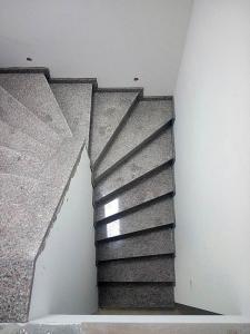 Granitne stopnice 100