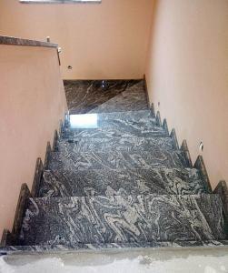 Granitne stopnice 106