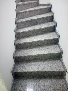 Granitne stopnice 107