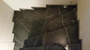 Granitne stopnice 113