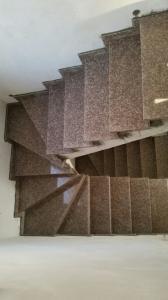 Granitne stopnice 115