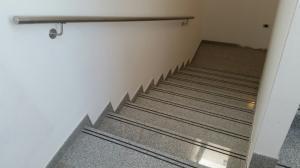 Granitne stopnice 122