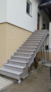 Granitne stopnice 123