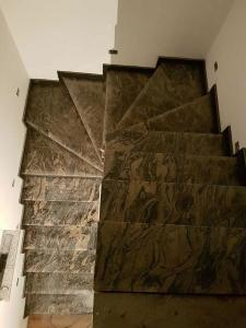 Granitne stopnice 125