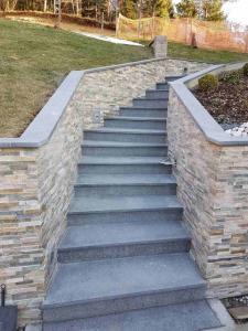 Granitne stopnice 133