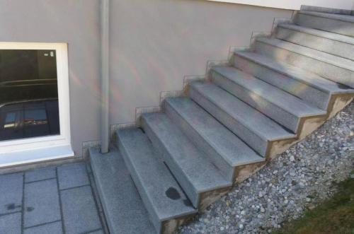 Granitne stopnice 161