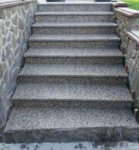 Granitne stopnice 165