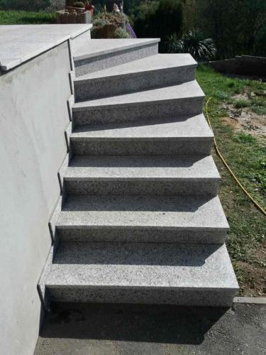 Granitne stopnice 166