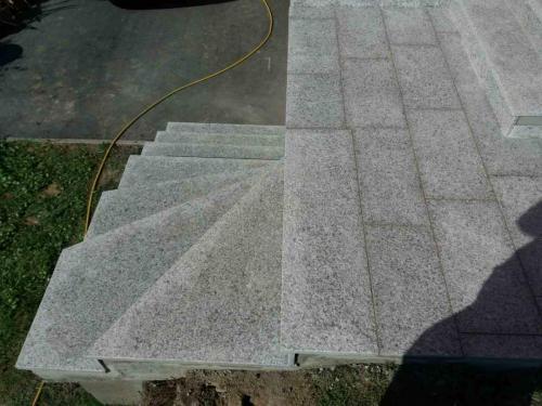Granitne stopnice 167