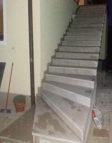 Granitne stopnice 169
