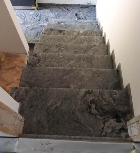 Granitne stopnice 179