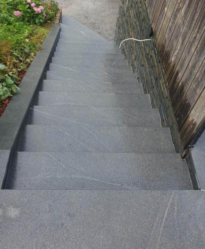Granitne stopnice 186