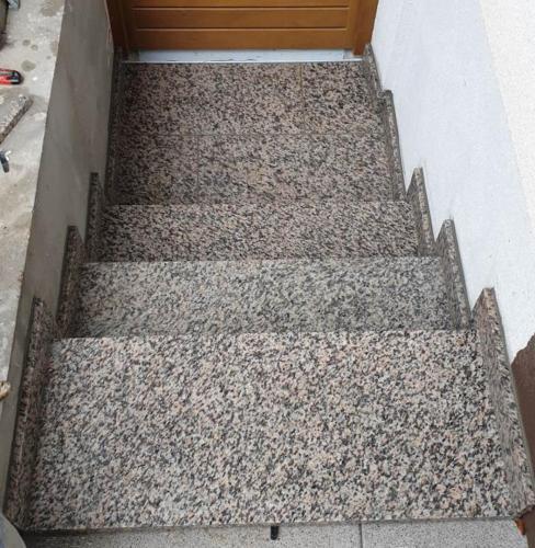 Granitne stopnice 190