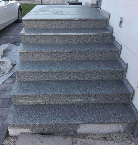 Granitne stopnice 192