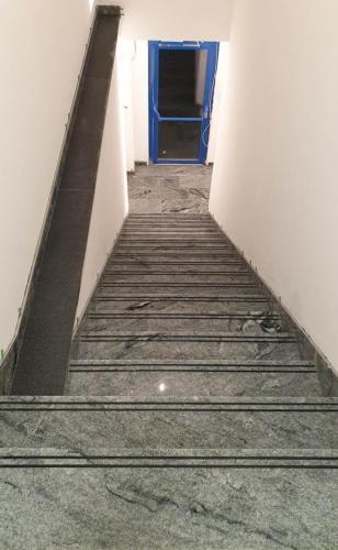 Granitne stopnice 198