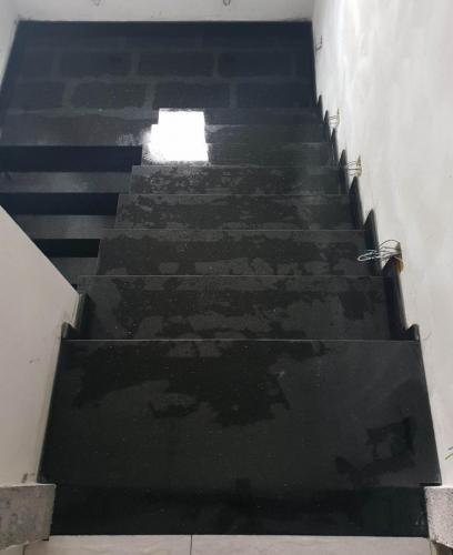 Granitne stopnice 210