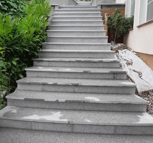 Granitne stopnice 217