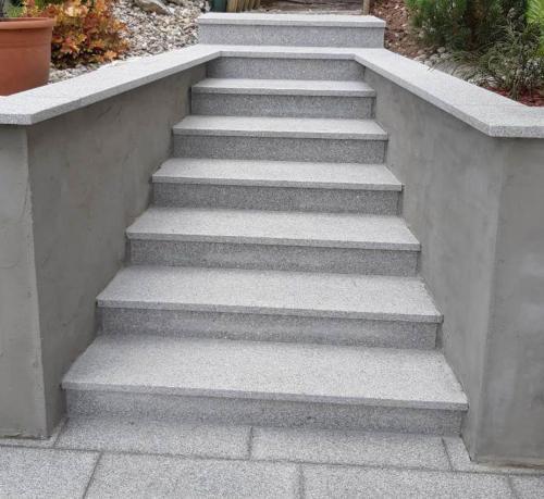 Granitne stopnice 220