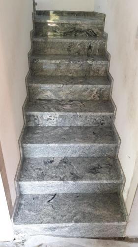 Granitne stopnice 227