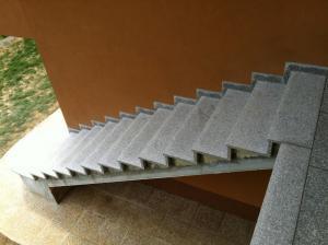 Granitne stopnice 27