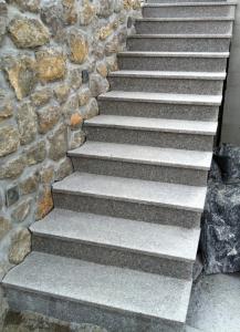 Granitne stopnice 45