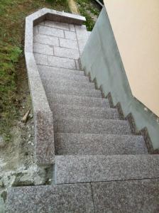 Granitne stopnice 46