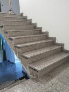 Granitne stopnice 47