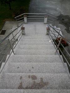 Granitne stopnice 52
