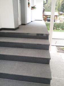 Granitne stopnice 56