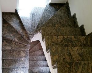 Granitne stopnice 72