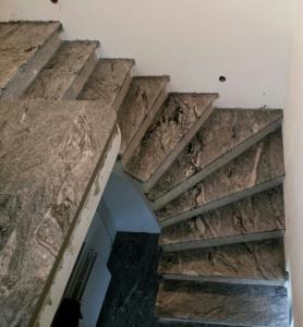 Granitne stopnice 74
