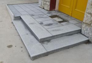 Granitne stopnice 81