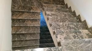 Granitne stopnice 87