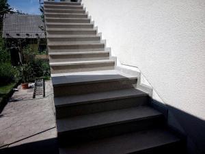 Granitne stopnice 89