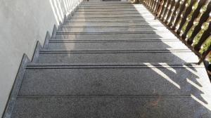 Granitne stopnice 95