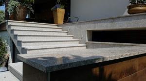 Granitne stopnice 96