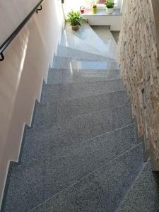 granitne stopnice139