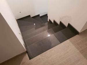 granitne stopnice140