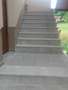 granitne stopnice146
